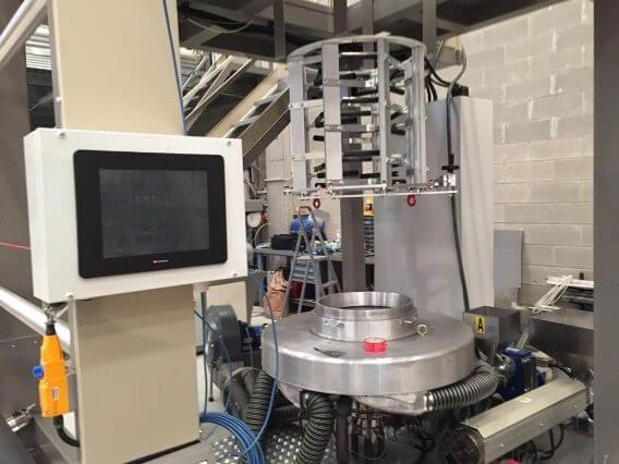 Chế tạo máy ép đùn nhựa, điều khiển bằng PLC tích hợp HMI