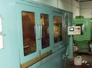 Thay thế bộ điều khiển CNC bằng PLC