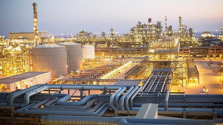 Nhà máy pha chế dầu khí